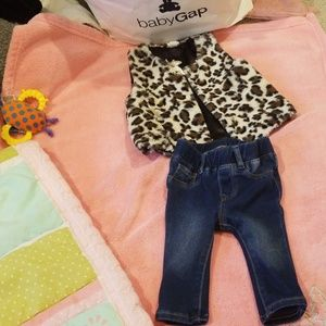 Good condition size 3 - 6 jeans Gap for baby girl